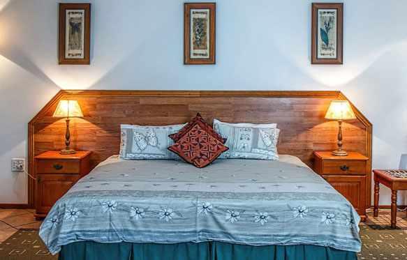 Как правильно поставить кровать в спальне