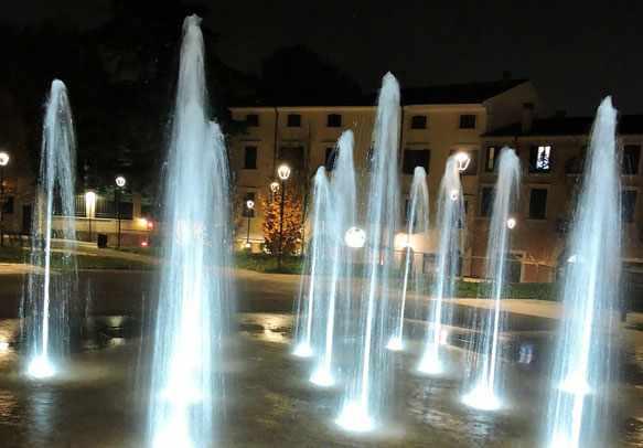 снится фонтан