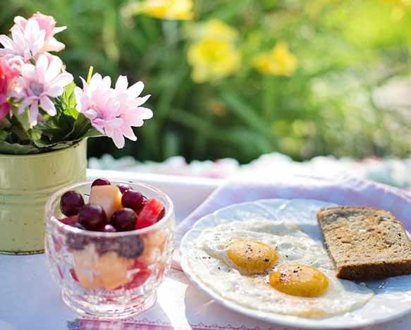 простой завтрак в постель