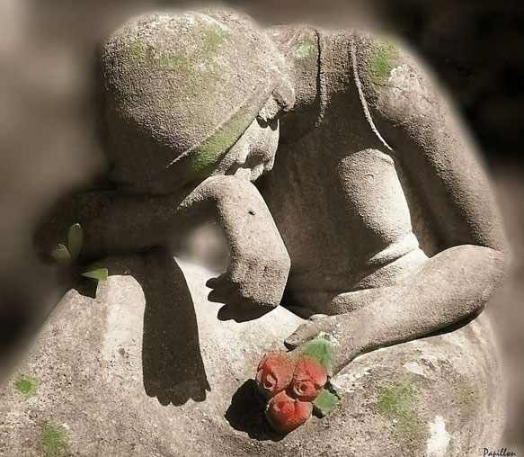 к чему снится смерть матери