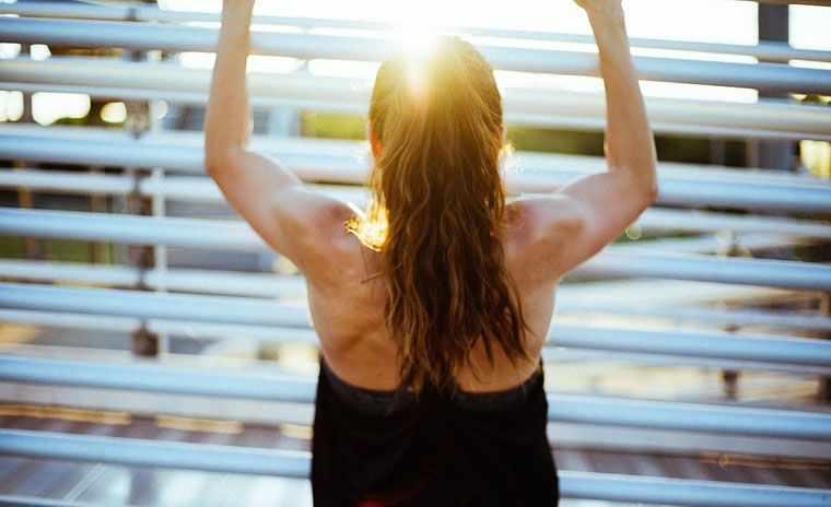 Делайте простую утреннюю зарядку и будете здоровы.