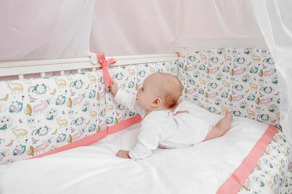 Детская Кроватка с постельным