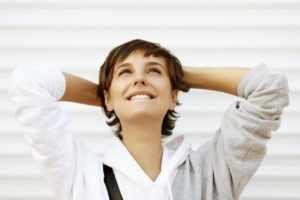 избегать неприятных мыслей и переживаний
